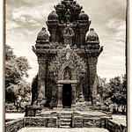 Hai Thi Nguyen - KLONG GARAI TEMPLE VN