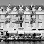 Jan Knight - Hotel Sidro
