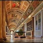 Bob Thomas - A Visit to the Library
