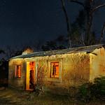 Hai Thi Nguyen - LIGHT PAINTING THE OLD HOUSE HALLS GAP