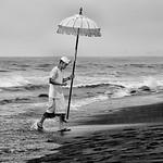 Helen Warnod - Beach blessing